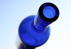 Bottiglia blu II fotografie stock