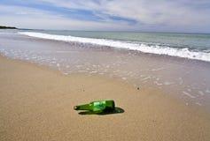 Bottiglia con il messaggio Fotografia Stock