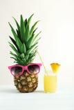 Bottiglia del succo di ananas Fotografia Stock Libera da Diritti