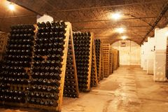 Bottiglia del vino dell'accumulazione Fotografia Stock Libera da Diritti