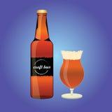 Bottiglia della birra con vetro Fotografia Stock