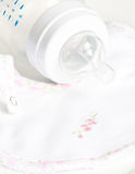 Bottiglia di bambino con l'ugello Immagini Stock
