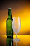 Bottiglia di birra fotografie stock libere da diritti