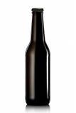 Bottiglia di birra o di sidro su fondo bianco Fotografie Stock