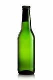 Bottiglia di birra o di sidro su fondo bianco Immagine Stock Libera da Diritti
