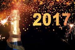 Bottiglia di champagne Nuovo anno felice Fotografia Stock Libera da Diritti