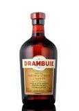 Bottiglia di Drambuie, dolce del ` s della Scozia, Li colorato dorato di 40% ABV Fotografia Stock