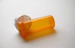 Bottiglia di pillola arancione Fotografia Stock