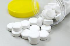 Bottiglia di pillola, concetto per la sanità e medicina Immagine Stock
