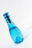 Bottiglia di profumo elegante Immagine Stock Libera da Diritti