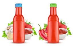 Bottiglia di salsa ketchup isolata su fondo bianco Fotografia Stock Libera da Diritti