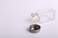 Bottiglia di vetro abbastanza vuota Fotografia Stock