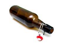 Bottiglia di vetro su fondo bianco Immagini Stock Libere da Diritti