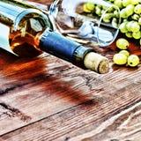 Bottiglia di vino bianco thanksgiving Fotografia Stock Libera da Diritti