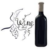 Bottiglia di vino rosso con l'uva disegnata a mano immagine stock