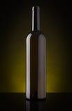 Bottiglia di vino vuota senza etichetta Fotografie Stock