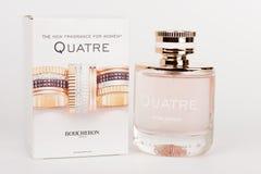 Bottiglia e scatola di nuova fragranza per le donne Quatre Boucheron immagine stock libera da diritti