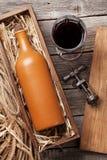 Bottiglia e vetro del vino rosso Fotografia Stock