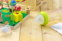 Bottiglia per il latte del bambino Fotografia Stock Libera da Diritti