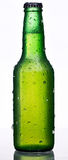 Bottiglia verde di birra Fotografia Stock Libera da Diritti