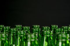 Bottiglie da birra verdi Fotografie Stock Libere da Diritti