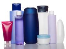 Bottiglie dei prodotti di bellezza e di salute Immagini Stock