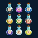 Bottiglie del fumetto con veleno nei colori differenti, elementi di vettore per progettazione del gioco Fotografia Stock