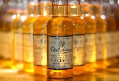 Bottiglie del whiskey di Dalwhinnie Fotografie Stock