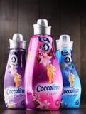 Bottiglie dell'emolliente liquido del tessuto di Coccolino Immagine Stock Libera da Diritti
