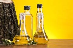 Bottiglie dell'olio di oliva Immagine Stock Libera da Diritti