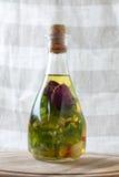 Bottiglie dell'olio di oliva aromatico Immagine Stock Libera da Diritti