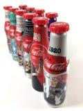 Bottiglie della coca-cola dell'edizione limitata immagine stock
