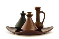 Bottiglie di ceramica dell'olio di massaggio Immagini Stock