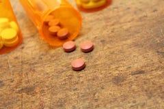 Bottiglie di pillola Immagini Stock Libere da Diritti