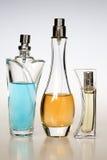 Bottiglie di profumo fotografie stock