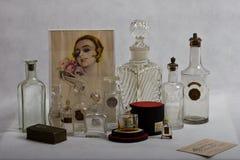 Bottiglie di profumo vittoriana 1890 - 1935 Immagine Stock