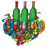 Bottiglie di vino con i vetri e l'uva Immagine Stock