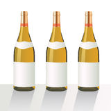Bottiglie di vino EPS10 tre royalty illustrazione gratis