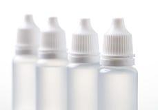 Bottiglie mediche per i campioni, farmaco, liquidi Fotografie Stock Libere da Diritti