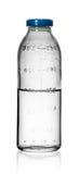 Bottiglie mediche per le infusioni con soluzione fisiologico isolate Fotografie Stock