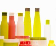 Bottiglie vuote della plastica dei prodotti di bellezza Fotografia Stock Libera da Diritti
