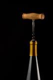 Bottl van wijn en kurketrekker Royalty-vrije Stock Foto