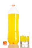 bottle glass orange sodavatten för liten droppe Royaltyfri Fotografi