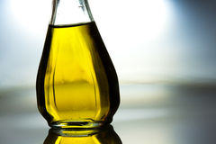 Bottle of vegetable oil Royalty Free Stock Photos