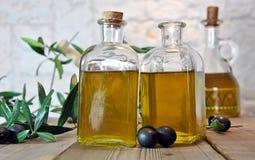 Bottled olive oil Royalty Free Stock Images