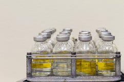 bottles den medicinal sidan fotografering för bildbyråer