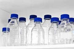bottles laboratoriumet Royaltyfri Foto