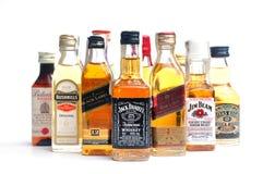 bottles många whiskey Arkivbild