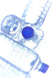 bottles plastic vatten Arkivbild