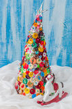 Bottone fatto a mano e Pin Christmas Tree immagini stock libere da diritti